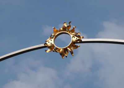 Ortstor Löchgau: Sonne